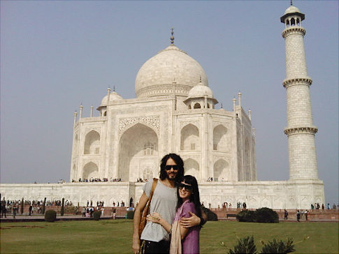 A picture of Katy Perry and Russell Brand in front of the Taj Mahal, posted to Perry's Twitter page. Original Filename: twitter katy perry russell brand.jpg